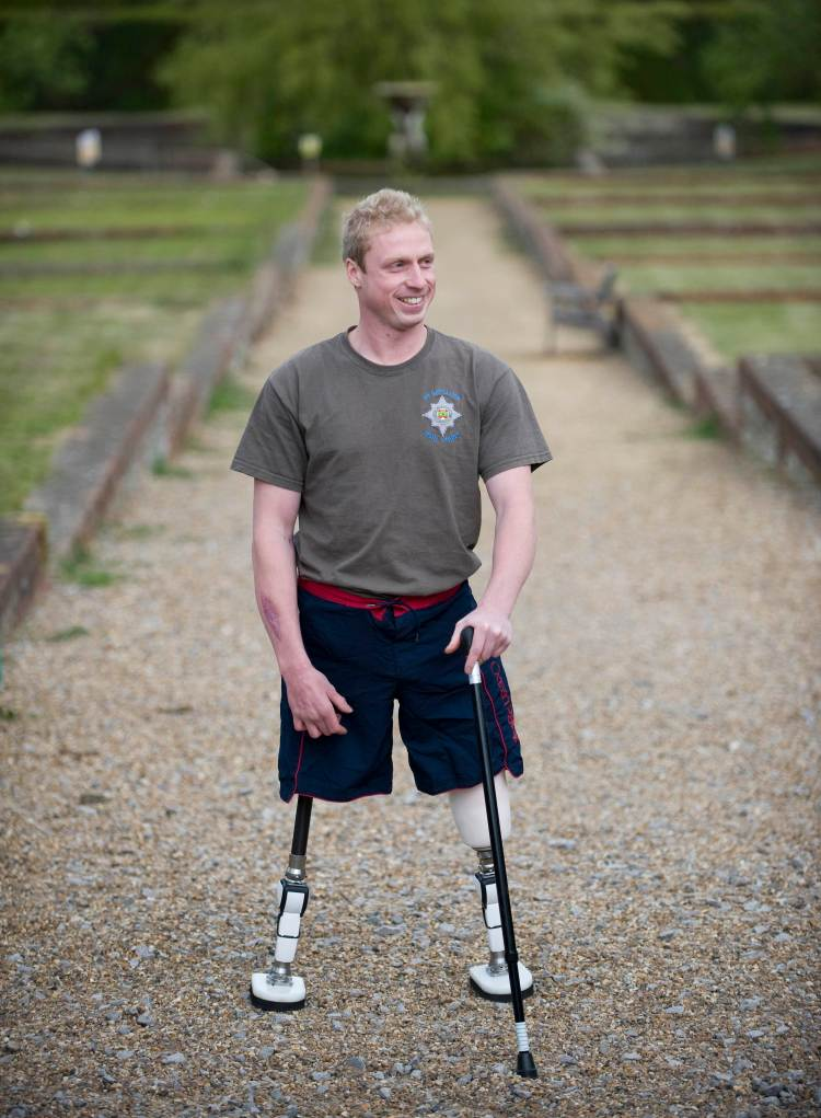 Injured soldiers get green fingers at Headley Court.